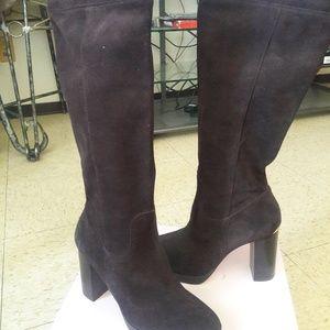 Michael Kors Brown suede boots